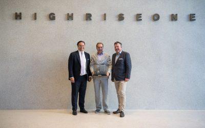 """Reiß & Co. feierte mit 300 geladenen Gästen das Opening des Landmarkbuildings """"HIGHRISE one"""" in München"""